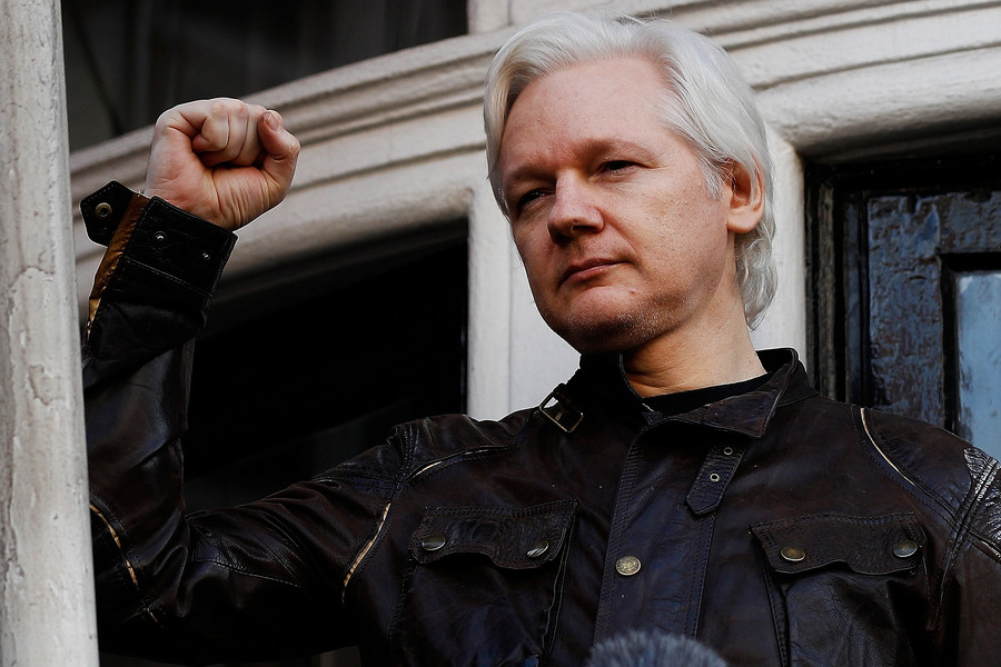 Assange's Twitter account mysteriously goes dark