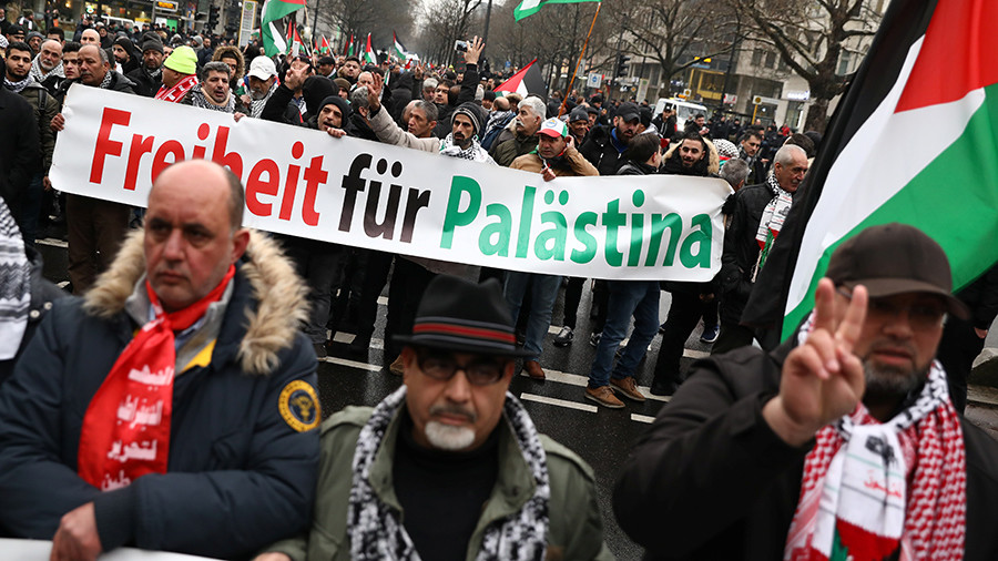 German police union chief proposes taking children away from 'anti-Semitic parents'