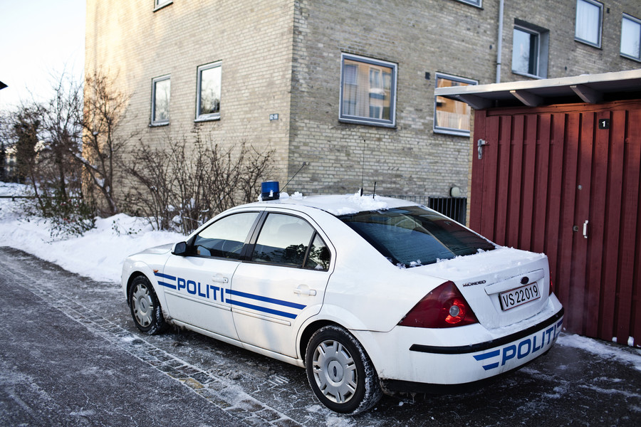 Drug dealer with 1,000 joints mistakes Copenhagen police car for taxi, asks for ride