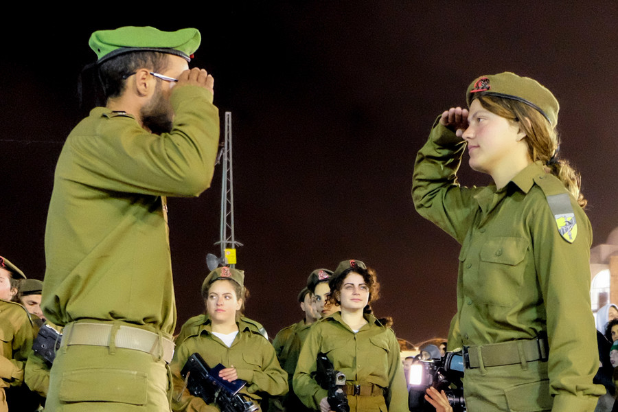 Israeli teens tell Netanyahu they won't serve in IDF, slam occupation of Palestine