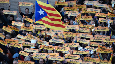 Catalan secessionist parties secure absolute majority in snap vote