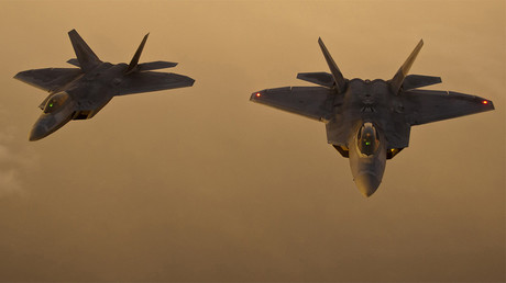 FILE PHOTO: F-22 Raptors © U.S. Air Force