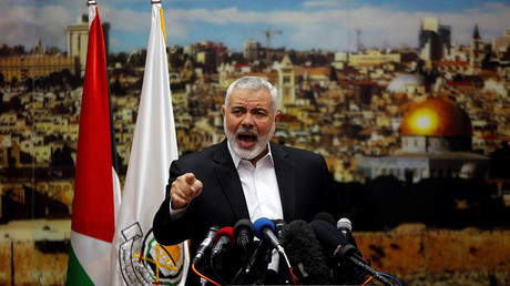 Hamas Chief Ismail Haniyeh gestures as he delivers a speech over US President Donald Trump's decision in Gaza City December 7, 2017 © Mohammed Salem