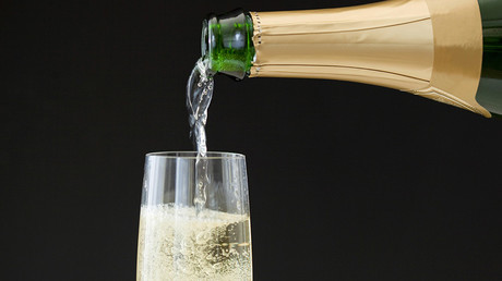 Woman's midair champagne tantrum forces emergency landing
