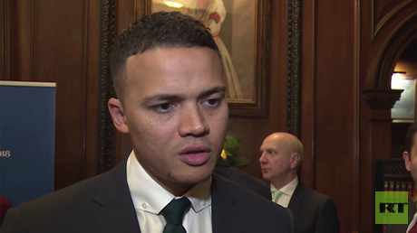 Football stars at Russian Embassy in London predict 'fabulous' FIFA World Cup (VIDEO)