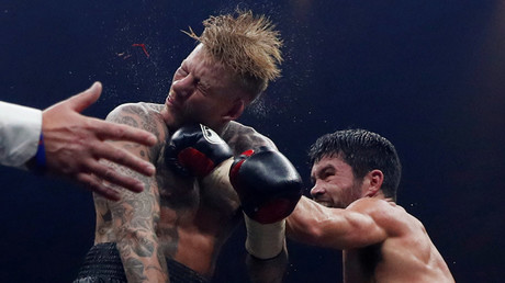 John Ryder knocks out Patrick Nielsen © Andrew Couldridge