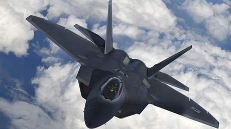 US F-22 fires flares to 'warn' Russian jets in Syria – officials