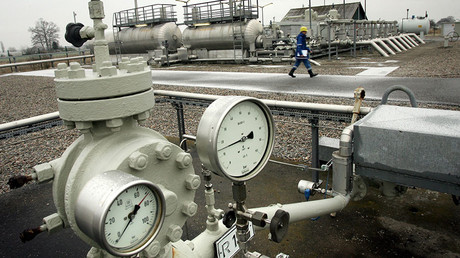 Slovakia seizes gas headed to Ukraine for non-payment, leaving Kiev without largest supplier