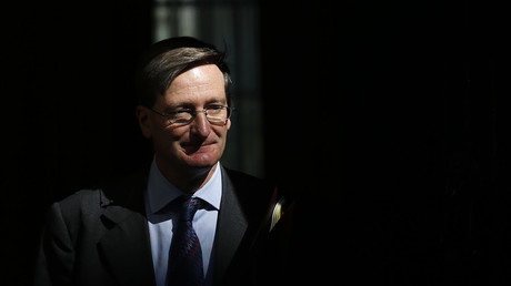 Britain's Attorney General Dominic Grieve leaves 10 Downing Street in London. © Suzanne Plunkett