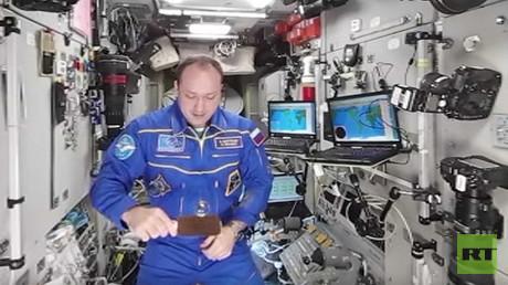 Space 360: Water 'magic' in zero gravity