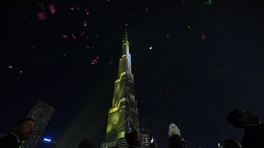 Saudi Arabia, UAE introduce VAT to help balance the budget