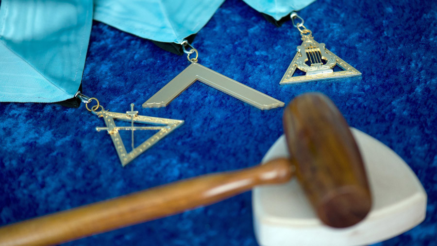 Freemasons in British police 'obstacle' to reform – ex-chief