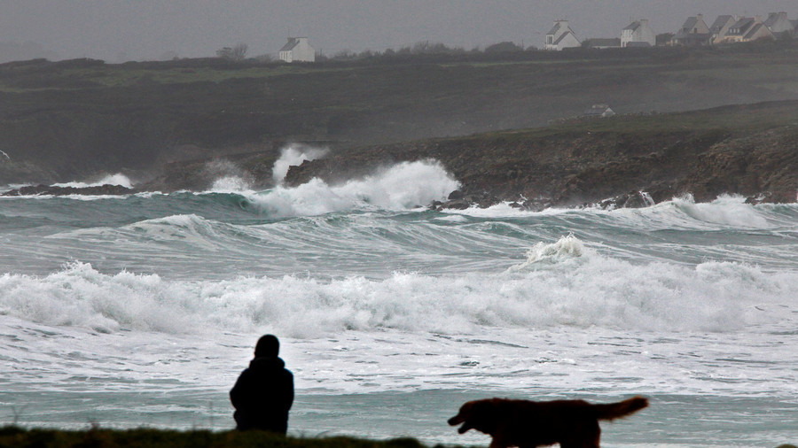 Storm Eleanor sweeps across UK and Ireland (VIDEO, PHOTOS)