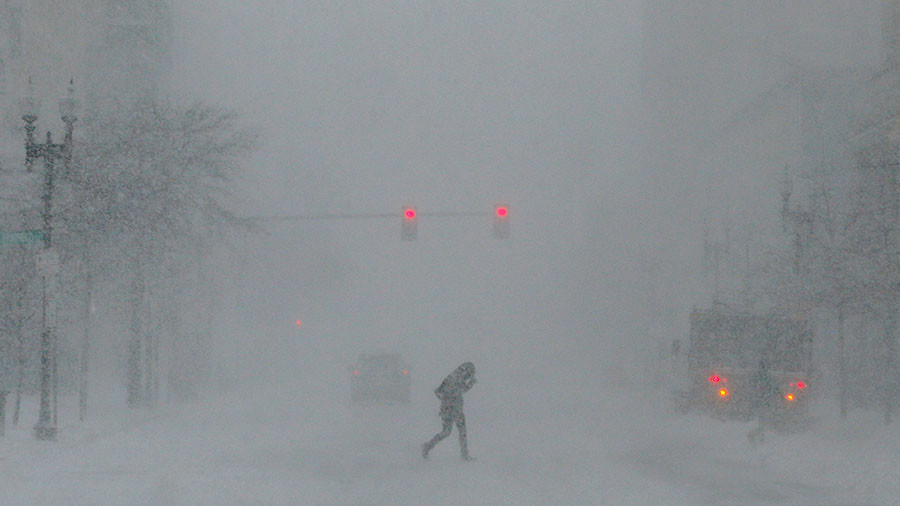 Brutal winter storm smacks coastal Southeast, now threatens Northeast