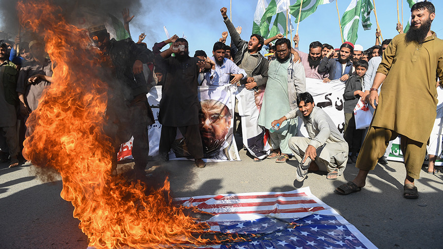 US suspends aid to Pakistan demanding 'decisive actions against terrorism'