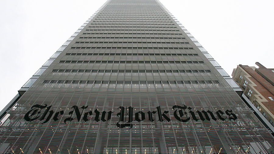 End of 'free' press? NYT caved in to Bush & Obama, held NSA bombshell for 1 yr – prominent reporter