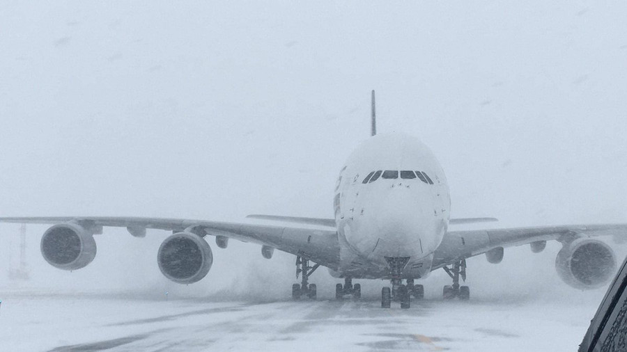 Planes collide at JFK amid 'bomb cyclone' chaos (PHOTOS)