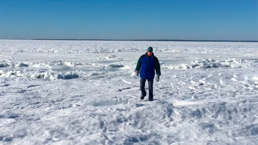 Aftermath of 'bomb cyclone' reduces MA bay to frozen wasteland (VIDEOS)