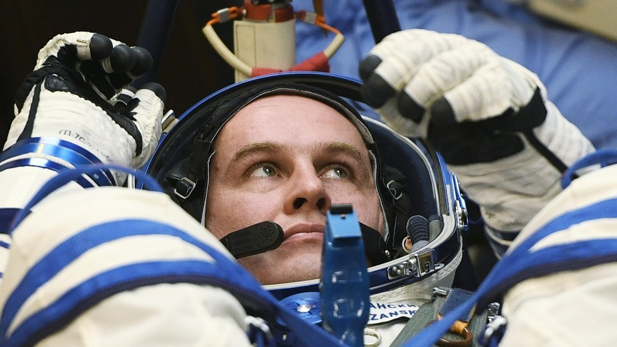 Zero-g with comfort: Space travel will soon be available to many, Russian cosmonaut tells RT