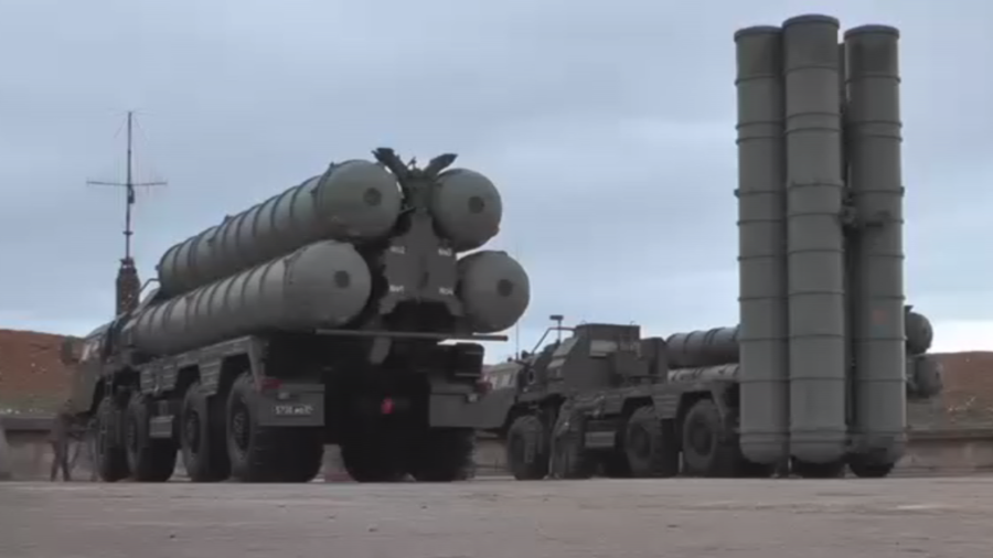 Russia deploys surface-to-air missiles in Crimea build-up