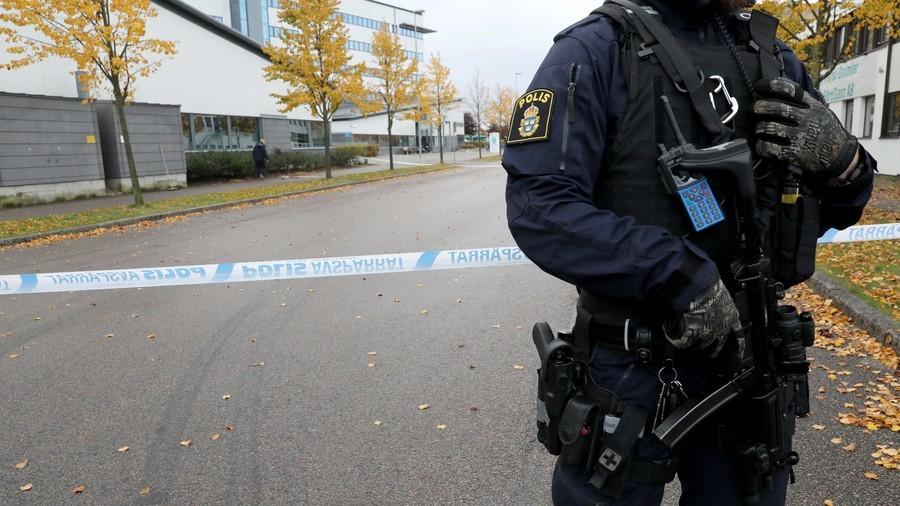 Military response to gang violence an option – Swedish PM