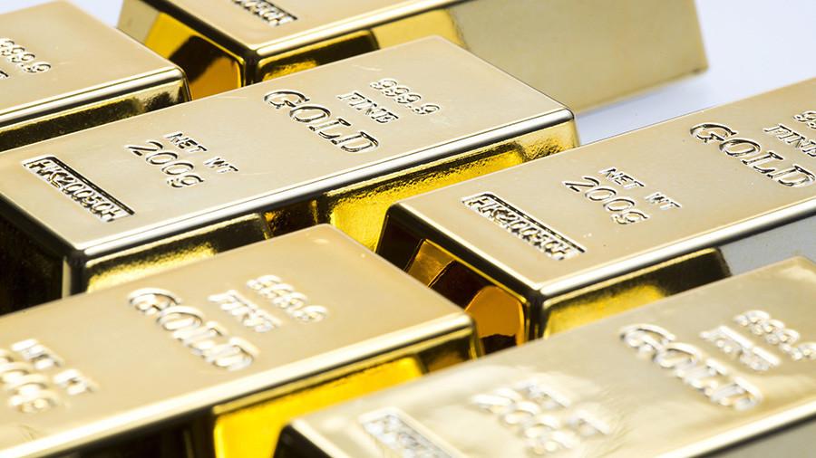 Bitcoin crash sparks investor appetite for gold