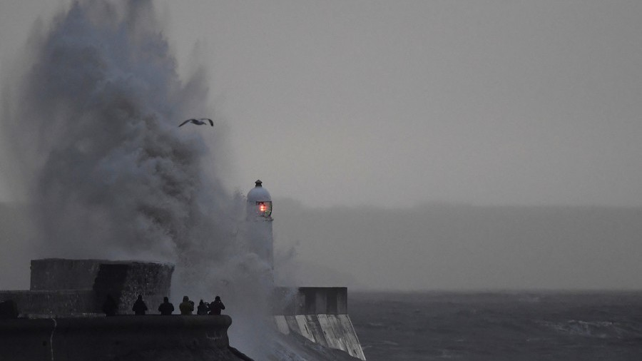 People & roofs blown away: At least 6 killed as storm hits northern Europe (PHOTOS, VIDEO)