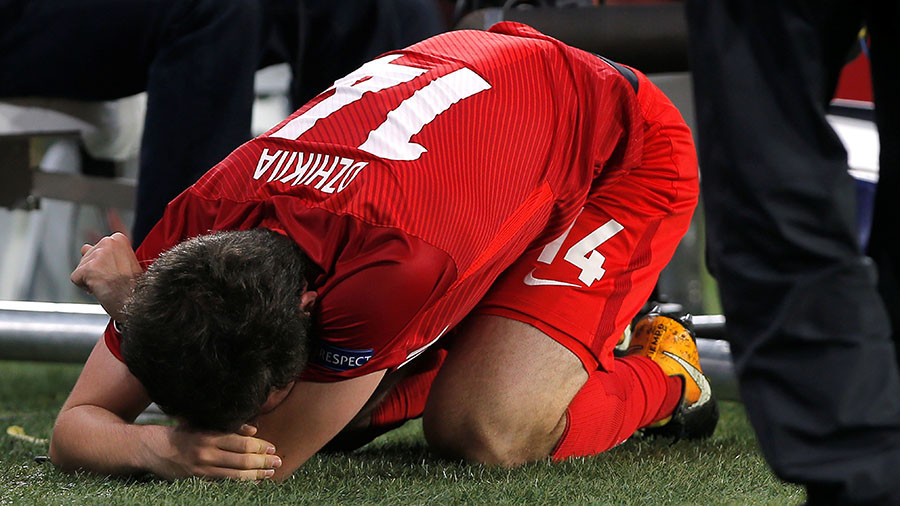 Russia international Dzhikiya suffers serious knee injury, could miss World Cup (VIDEO)