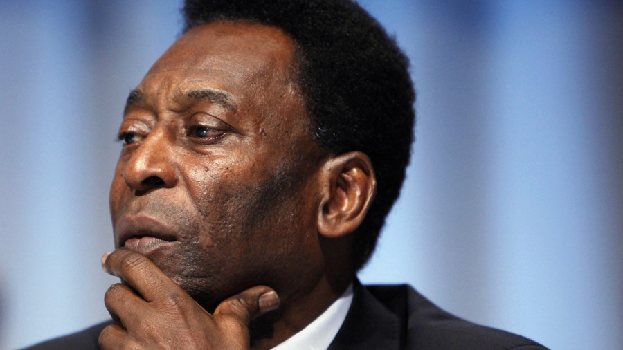 Pele taken to hospital with exhaustion