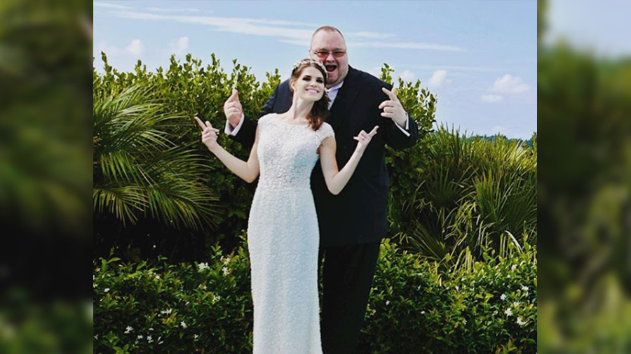Just married: Kim Dotcom posts wedding day pics (PHOTOS)
