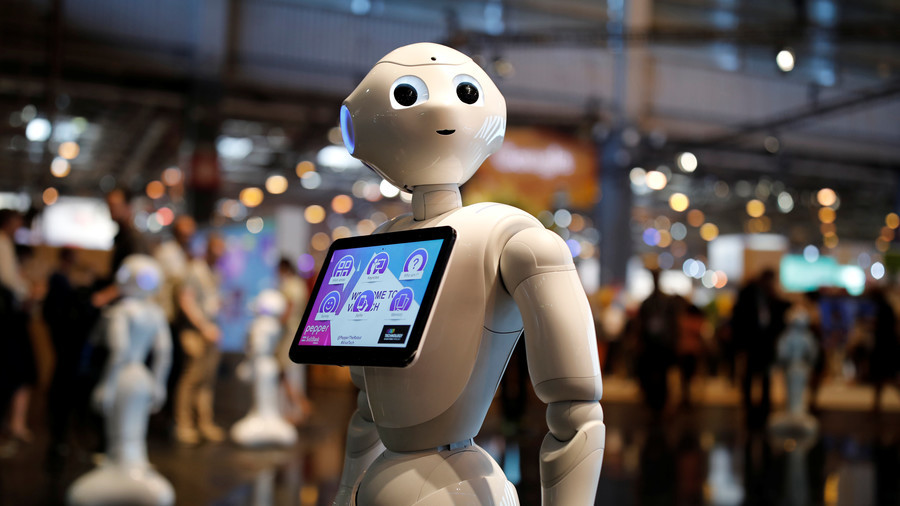 Britain's first cyborg shop assistant fired for incompetence after 1st week
