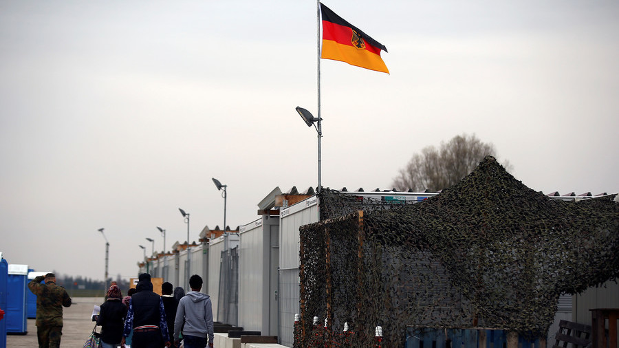 Germany no longer taking in asylum seekers from Italy & Greece – report