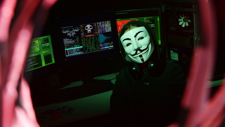 Putin warns of dangers caused by internet anonymity, urges protection from 'destructive forces'
