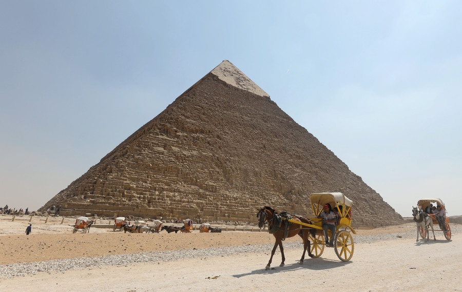 Old Giza! Egypt relocates giant 3,000yo statue of pharaoh Ramses II (VIDEO)