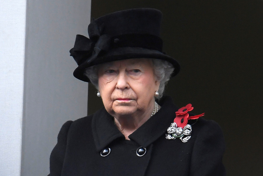 Queen assassination attempt 'covered up' by New Zealand fearing royals would never visit again