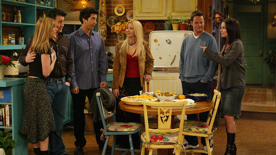 Profiles in PC courage: Brave millennials slam 'Friends' over show's 'homophobia & misogyny'