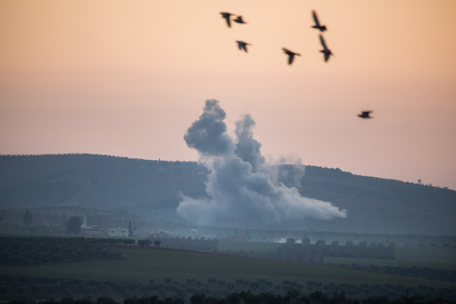 Turkey fires barrage of missiles on Kurdish-held targets in Syria (VIDEO)