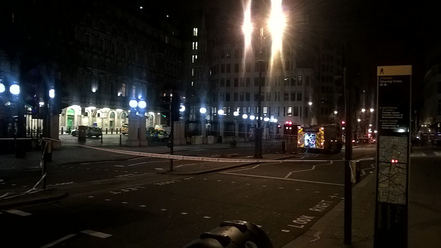 'Chaos' as central London station shut and 1,500 people evacuated after gas leak