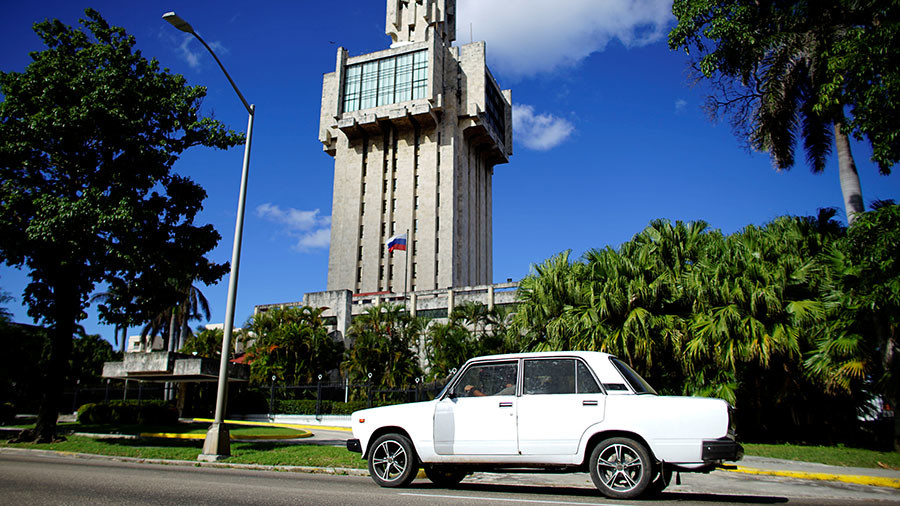 Russian cars return to Cuba after 12-year hiatus