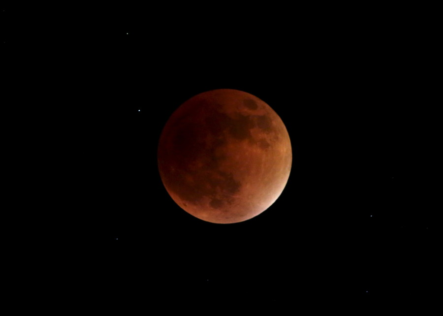 1st super blue blood moon eclipse in 150 years dazzles skygazers (PHOTOS, VIDEO)