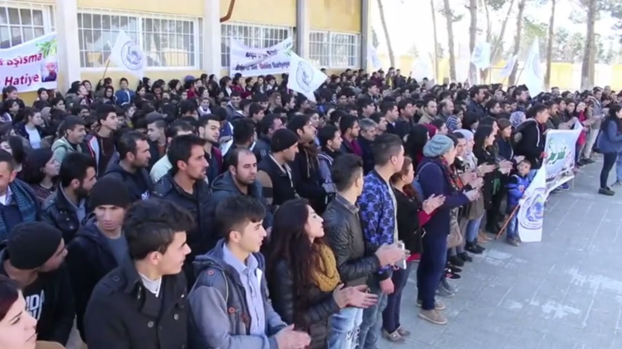 US-led coalition watching Kurds 'bleed': Kobani residents protest Turkey's Afrin op (VIDEO)