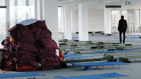 Gone in 30 seconds: Homeless man at Paris airport takes €490,000 from unlocked office & vanishes