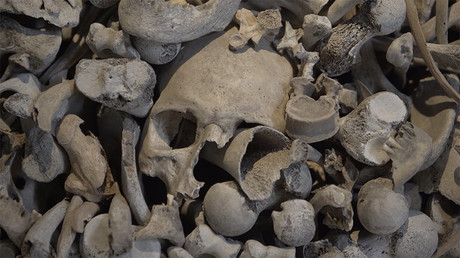 Bones of contention: Human skulls as art dig up Canary Islands controversy (VIDEO)