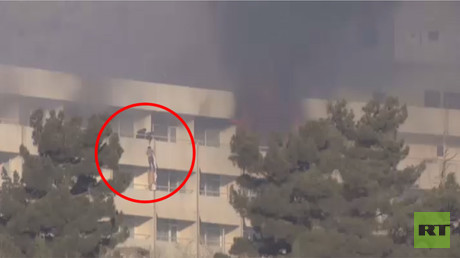 Hostages use bed sheets to flee besieged & burning Kabul Intercontinental Hotel (VIDEO)