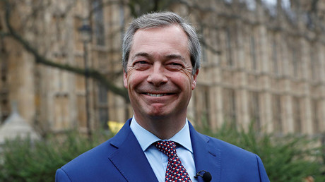 'Serious' Russian influence: Ex-UKIP leader Farage admits to Russian (vodka) connection