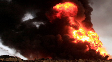 Massive fire engulfs Taiwan oil refinery after blast (PHOTOS, VIDEO)