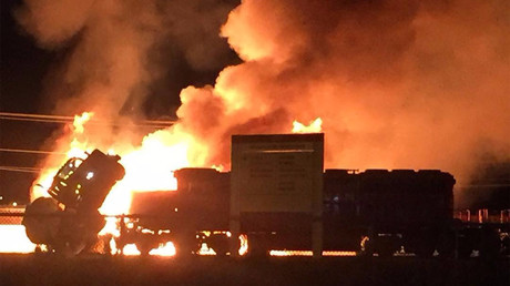 Massive blaze after train collides with gas tanker in Canada (PHOTOS, VIDEOS)