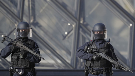 Supermarket hostage-taker in southwestern France claims allegiance to ISIS – local media