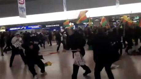 180 Turks & Kurds caught in massive fistfight in Germany