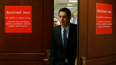 FILE PHOTO: U.S. House Permanent Select Committee on Intelligence Chairman Representative Devin Nunes (R-CA) walks out to brief reporters at the U.S. Capitol in Washington, U.S. © Jonathan Ernst